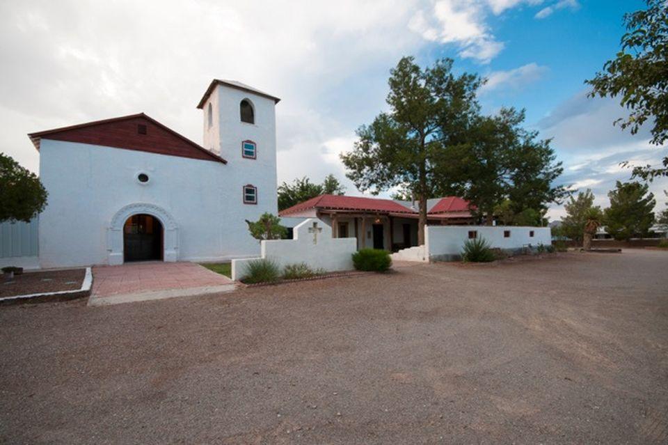 Vana Püha Franciscus de Sales'i nimeline misjonikeskus New Mexicos, Rodeys, kuhu Ordo Militaris plaanib rajada oma väljaõppekeskuse.