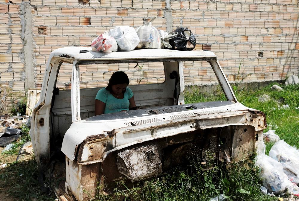 Värske president rebib Brasiilia ÜRO rändeleppest välja