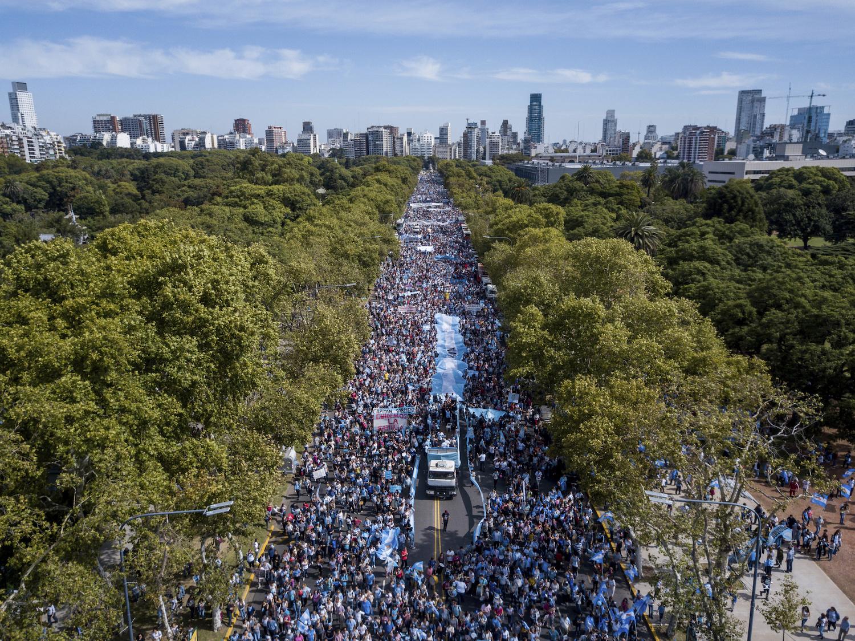 Ligi 2 miljonit argentiinlast marssis abortide vastu