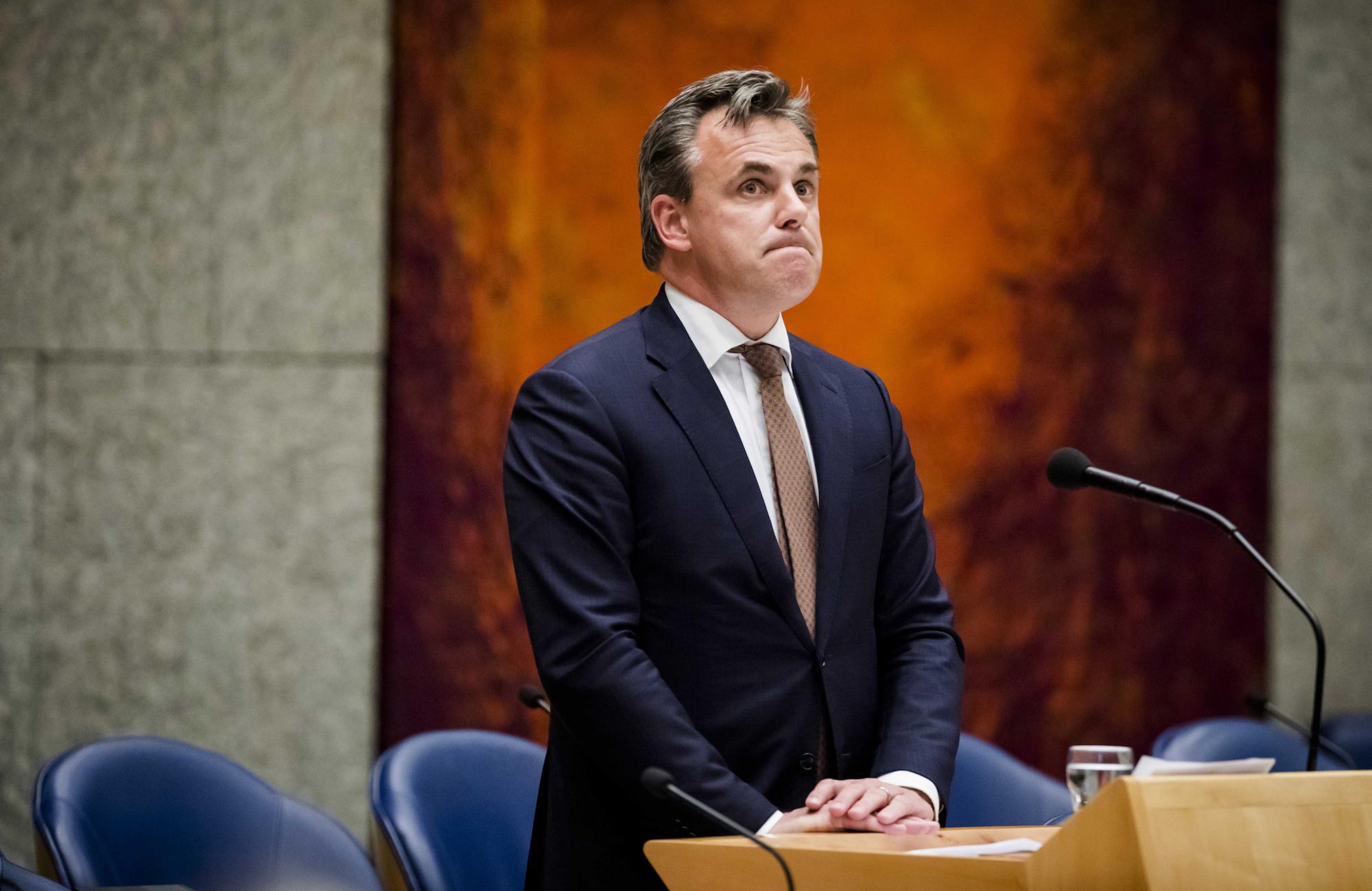 Hollandi migratsiooniminister astus tagasi pagulaste raskete kuritegude varjamise tõttu