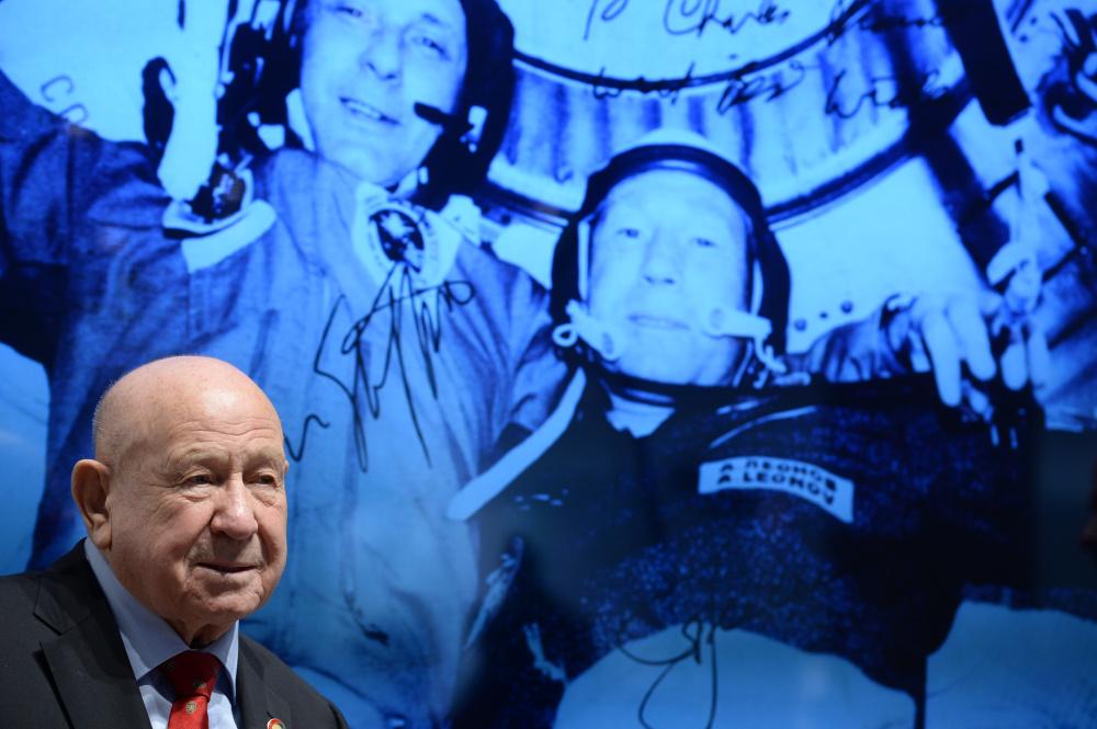 Kosmoseränduri lahkumine koju ehk teekond tagasi iseenda juurde