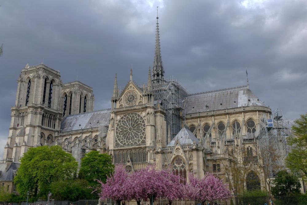 "Notre-Dame'i arhitekt ""pidagu lõuad"""